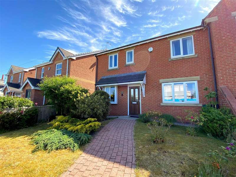 3 Bedrooms Semi Detached House for sale in Blackthorn Mews, Ansdell, Lytham St Annes