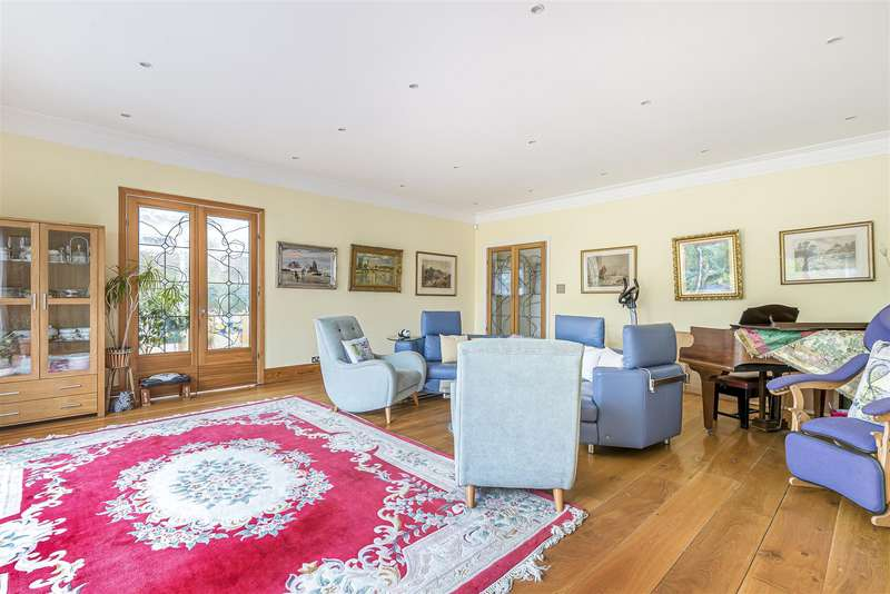 6 Bedrooms House for sale in Grimsdyke Crescent, Barnet