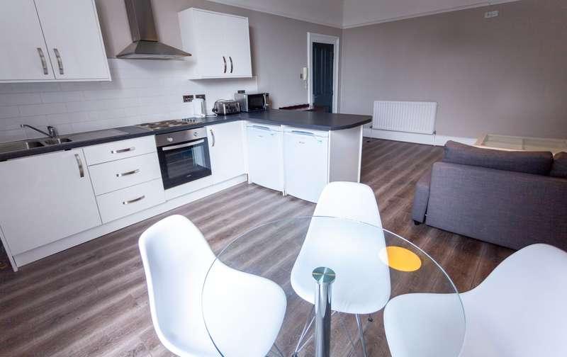 3 Bedrooms Flat for rent in Upper Parliament Street, L8 7LG,