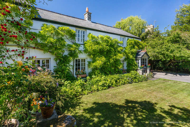 4 Bedrooms Detached House for sale in Llanblethian, Near Cowbridge, Vale of Glamorgan, CF71 7JD