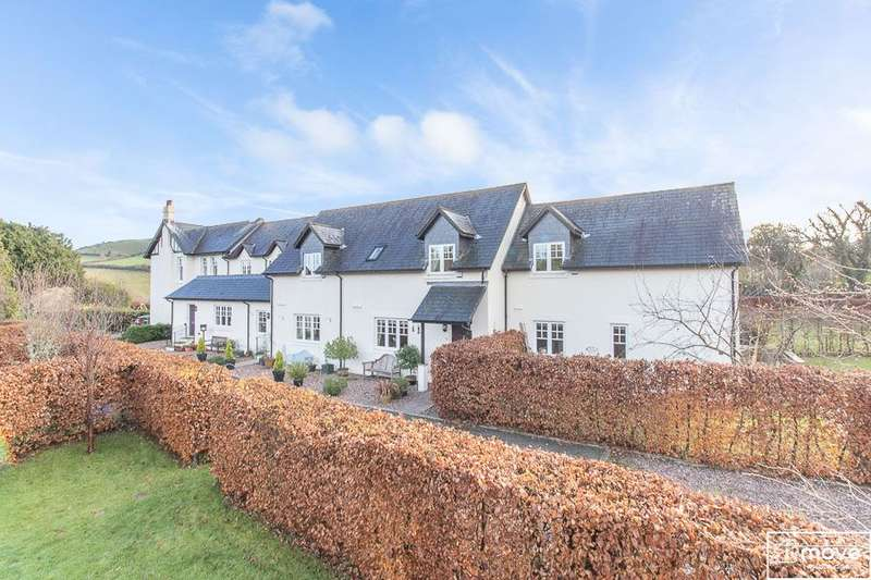 3 Bedrooms Detached House for sale in Broomhill, Christow, Exeter, EX6