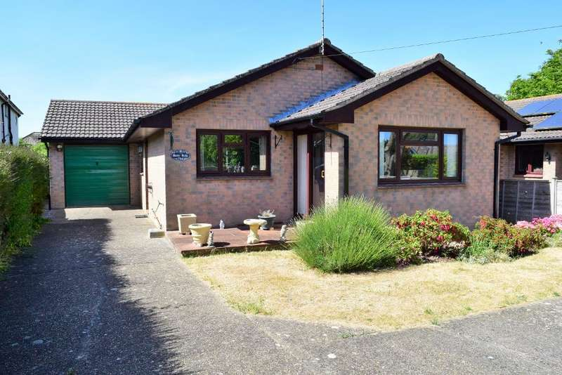 3 Bedrooms Detached Bungalow for sale in Howgate Road, Bembridge, Isle of Wight, PO35 5QU