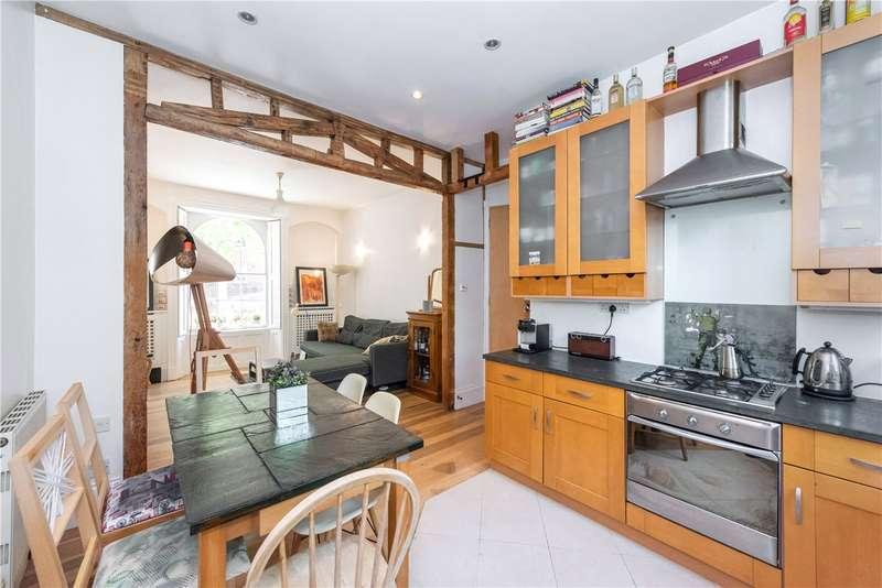 2 Bedrooms Maisonette Flat for sale in Tysoe Street, London, EC1R