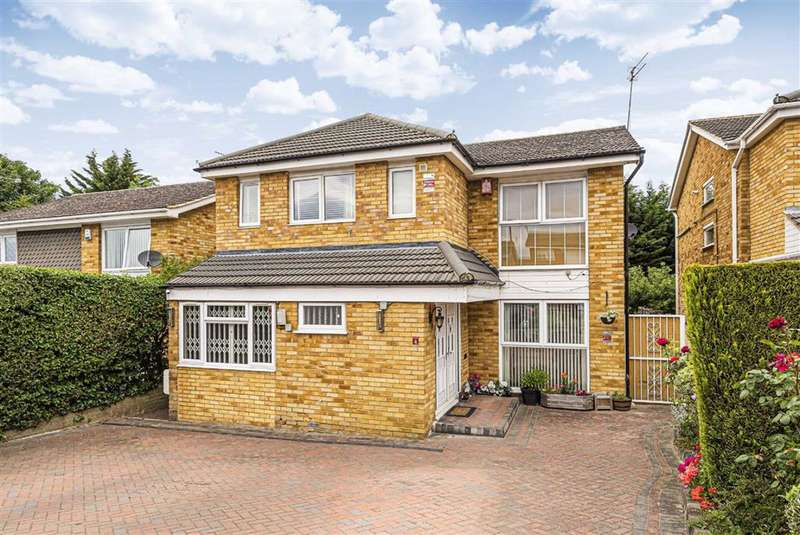 4 Bedrooms House for sale in Ibsley Way, Cockfosters, Hertfordshire