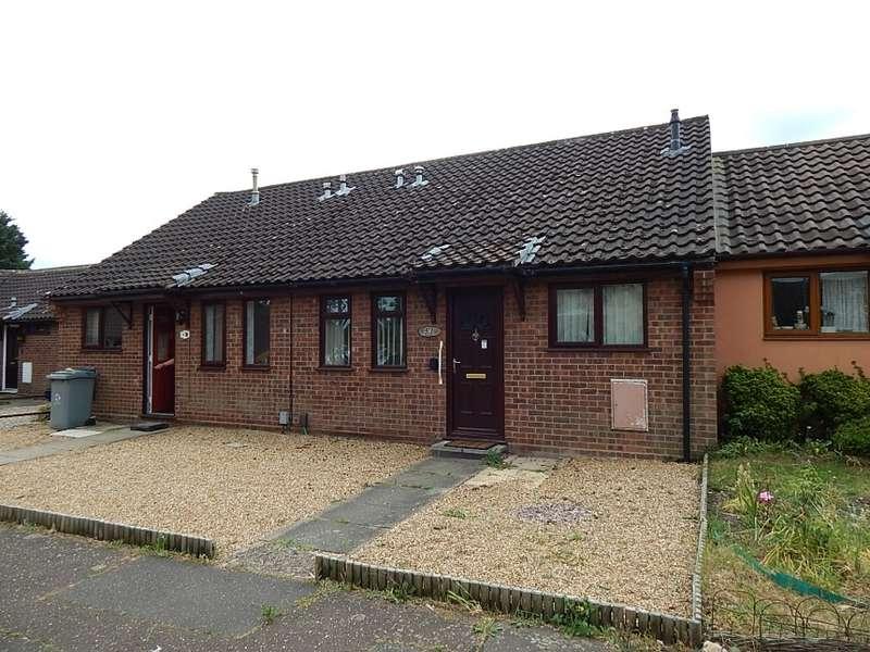 2 Bedrooms Terraced Bungalow for sale in 53 Nursery Close, Norwich, Norfolk