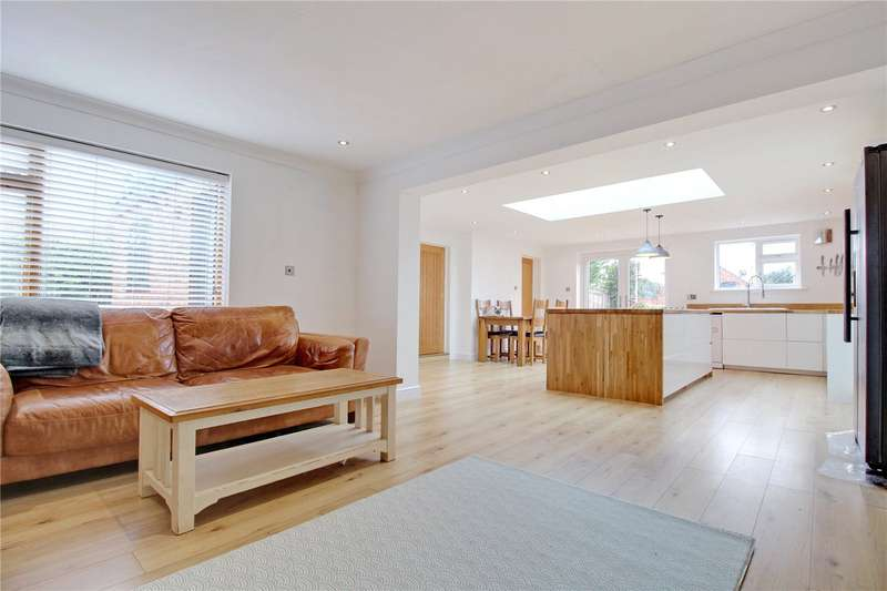 4 Bedrooms Semi Detached House for sale in Yarmouth Road, Kirby Cane, Bungay, Norfolk, NR35