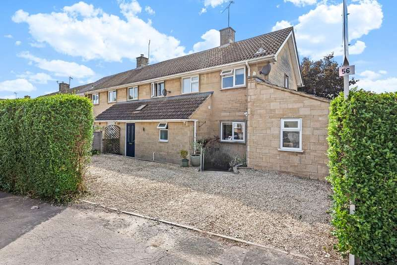 3 Bedrooms Semi Detached House for sale in Golden Farm Road, Cirencester