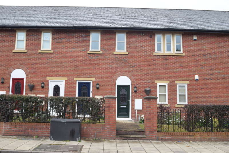 3 Bedrooms Town House for rent in Church Road, Gatley