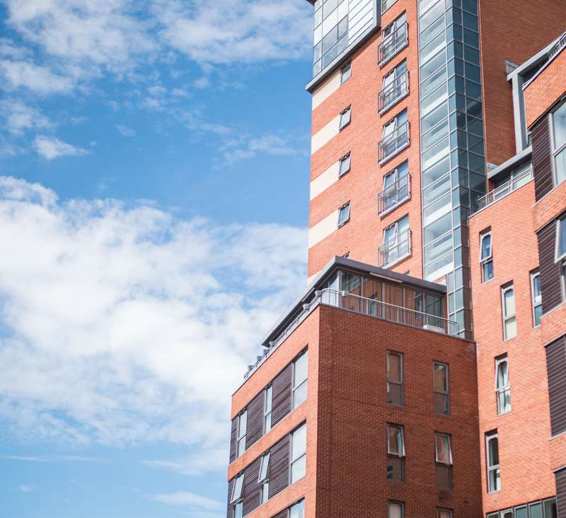 2 Bedrooms Flat for sale in Trinity One, East Street, Leeds, LS9 8AF