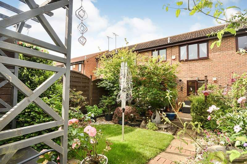 3 Bedrooms House for sale in Millers Wharf, Maidstone, Kent, ME15