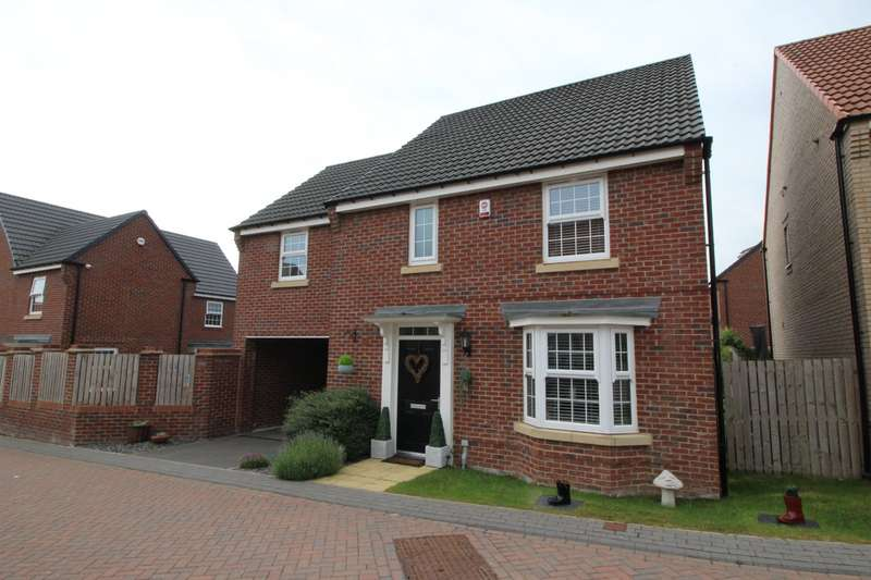 4 Bedrooms Detached House for sale in Sorrel Court, Pontefract, West Yorkshire, WF8