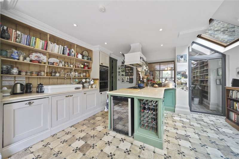 4 Bedrooms Terraced House for sale in Wakeman Road, London, NW10