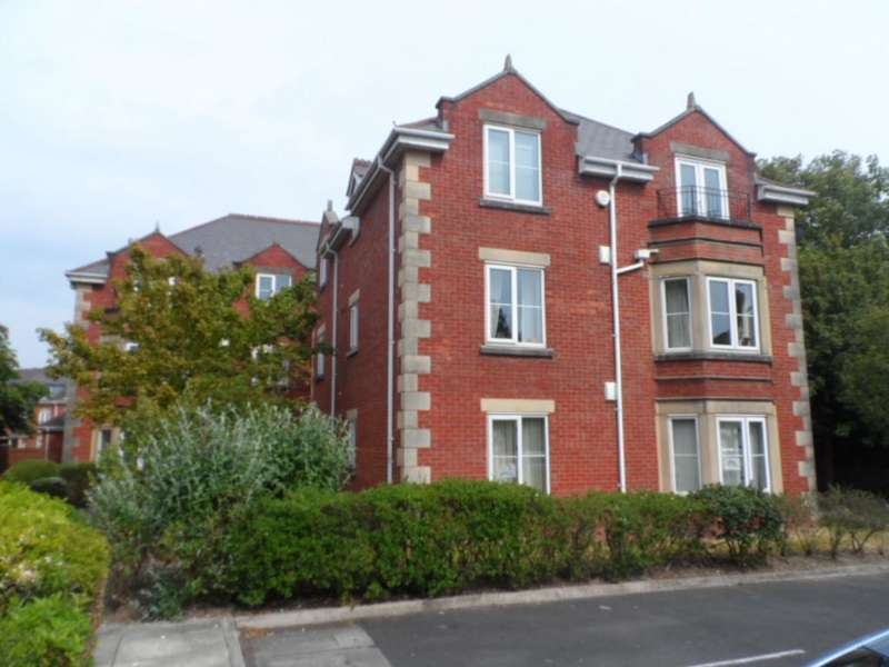 2 Bedrooms Flat for sale in The Elms, Blackpool, FY3 9FZ