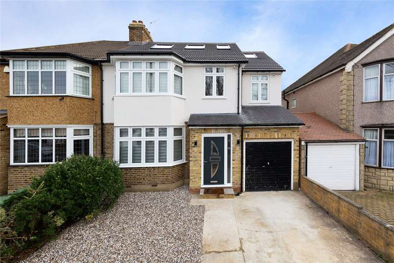 5 Bedrooms Semi Detached House for sale in Grey Towers Avenue, Hornchurch, RM11