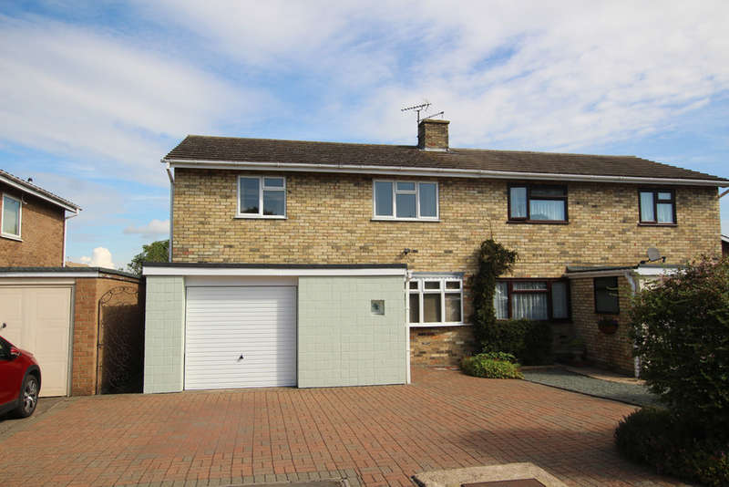 3 Bedrooms Semi Detached House for sale in Woodlands, Royston
