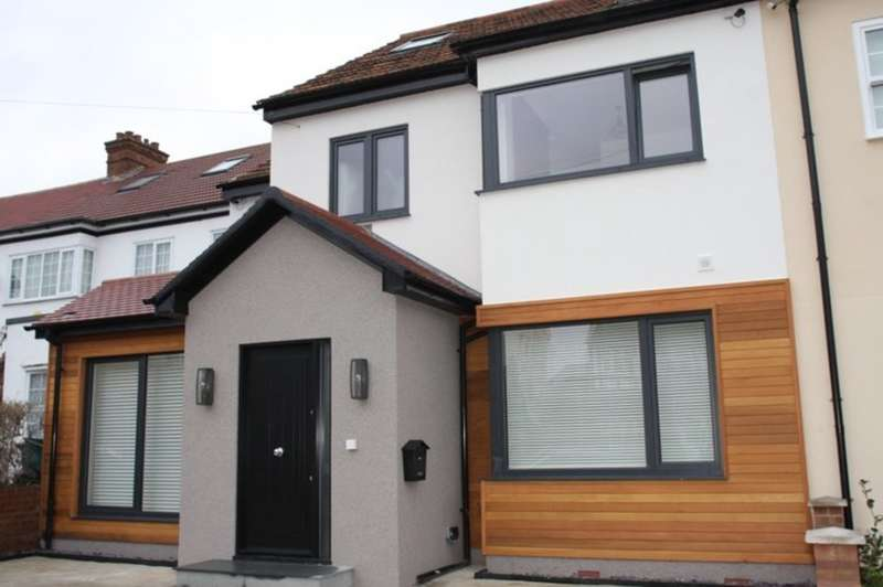 6 Bedrooms Semi Detached House for sale in Harewood Road, Isleworth
