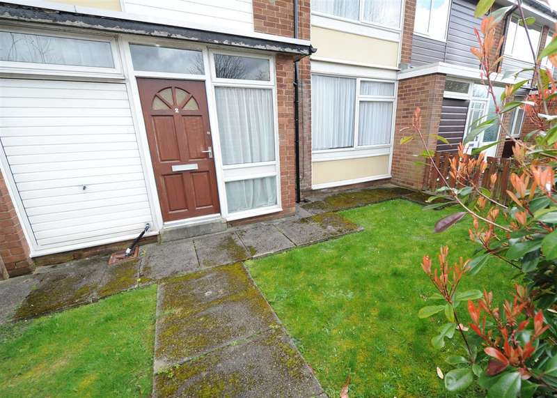 3 Bedrooms Town House for sale in 2 Mossfield Green, Eccles M30 7RZ