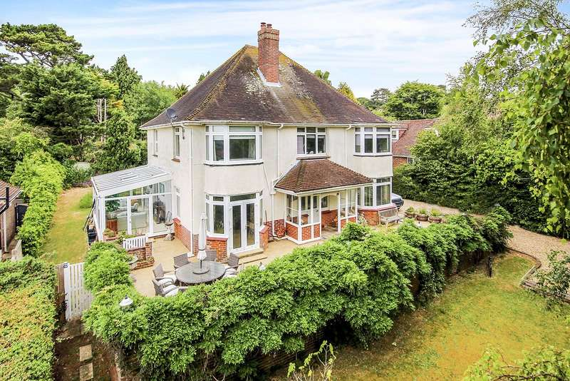 5 Bedrooms Detached House for sale in Palmers Way, High Salvington, Worthing, West Sussex, BN13
