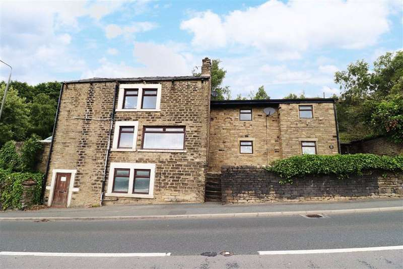 4 Bedrooms Detached House for sale in Woodhead Road, Glossop