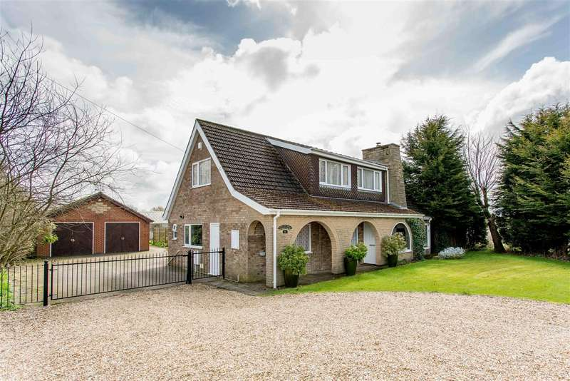 4 Bedrooms Detached House for sale in Railway Street, Barnetby