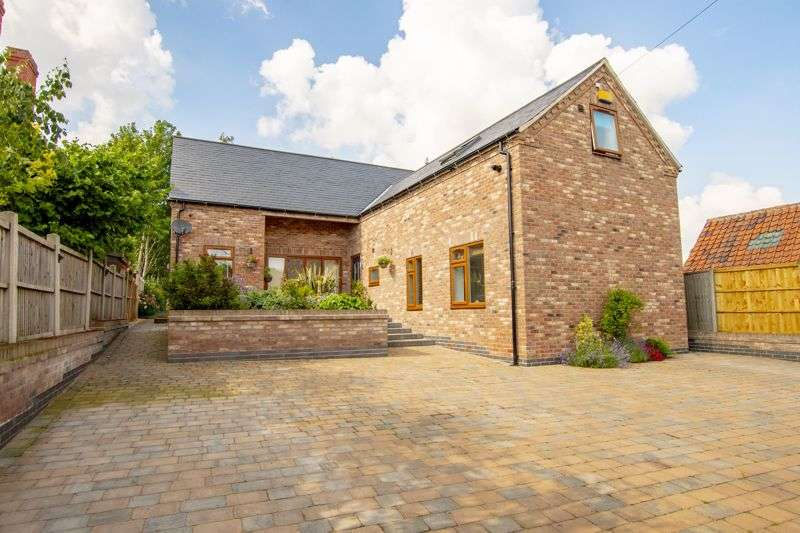4 Bedrooms Property for sale in Freemans Lane, Sturton Le Steeple, Retford