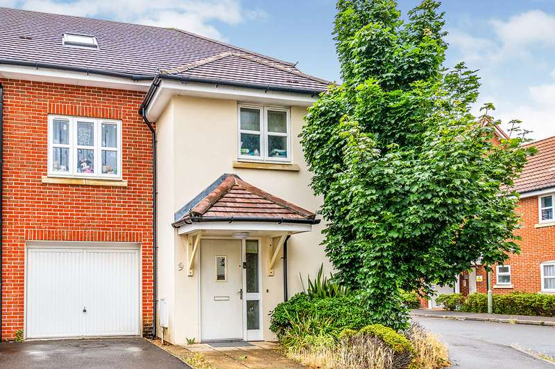 4 Bedrooms Semi Detached House for sale in Testwood Place, Totton, Southampton, Hampshire, SO40