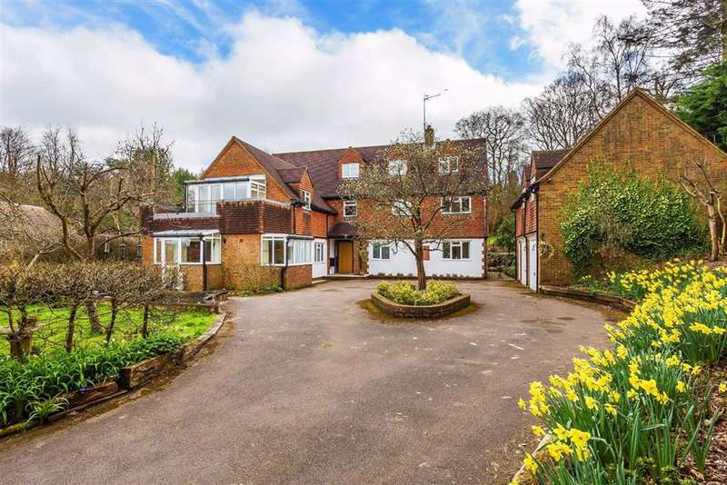 7 Bedrooms Detached House for sale in Brassey Road, Oxted, Surrey