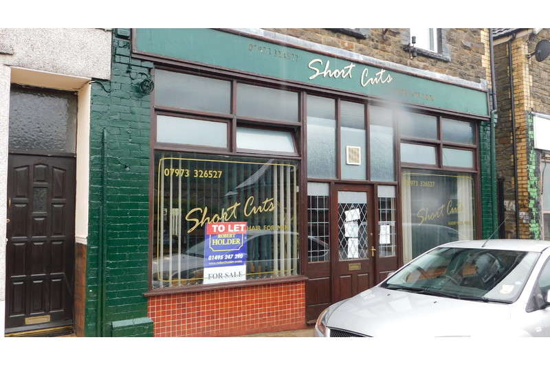 Commercial Property for rent in Tynewydd Terrace, Newbridge, Newbridge