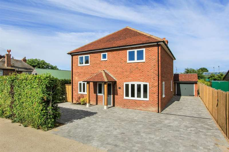 5 Bedrooms Detached House for sale in Felderland Lane, Worth, Deal
