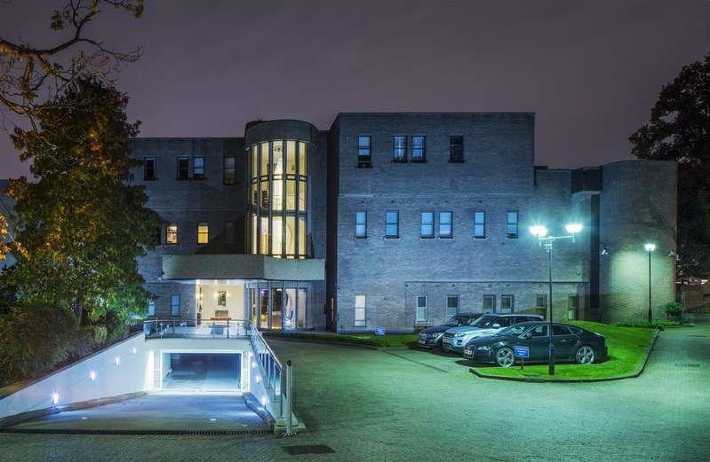 4 Bedrooms Flat for sale in East Penthouse, Spaniards Road, Hampstead Heath, NW3