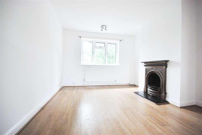 1 Bedroom Maisonette Flat for sale in St Johns Terrace, High Road, Buckhurst Hill