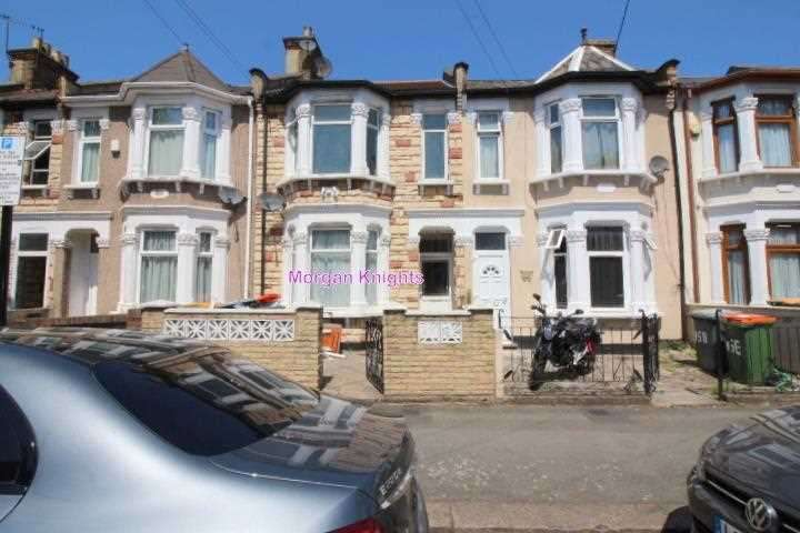 4 Bedrooms Terraced House for rent in Milton Avenue, East Ham, E6