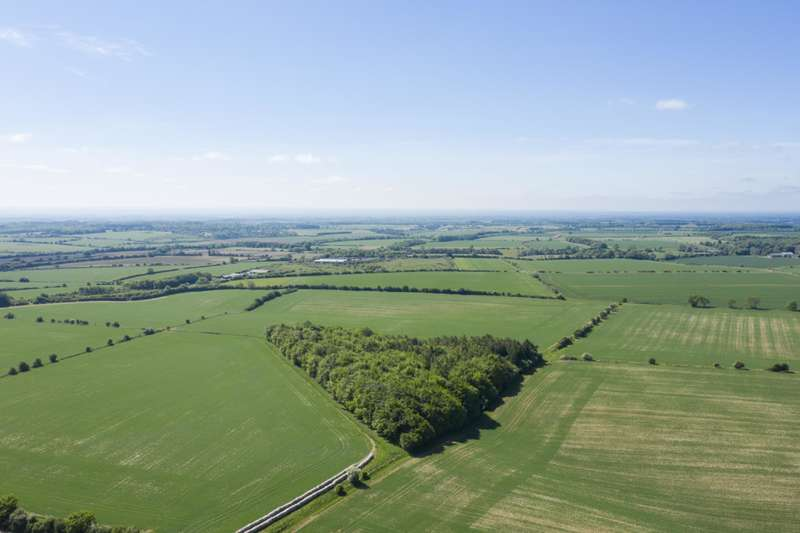 Land Commercial for sale in Chittlegrove, Rendcomb Lot 2