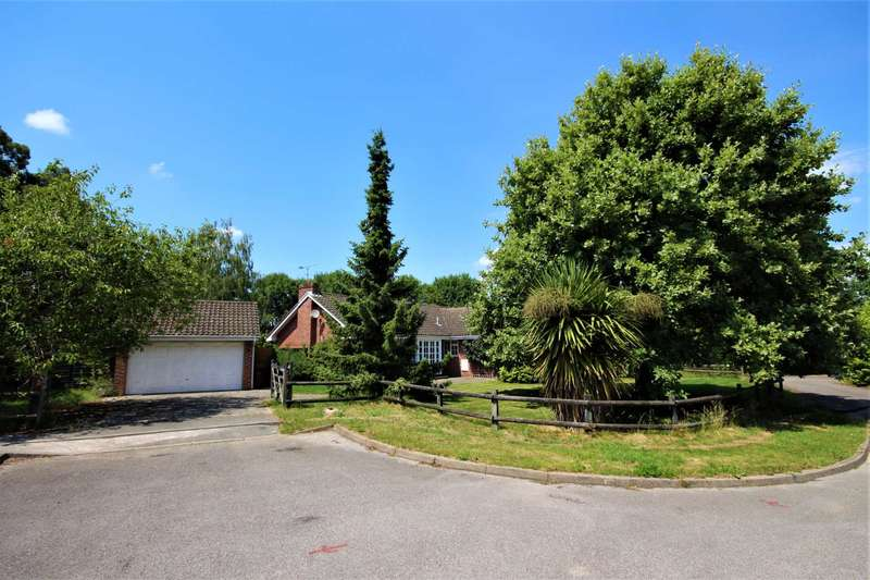 4 Bedrooms Detached House for sale in Newhurst Gardens, Warfield