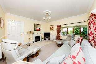 3 Bedrooms Retirement Property for sale in Court Royal, Eridge Road, Tunbridge Wells, Kent
