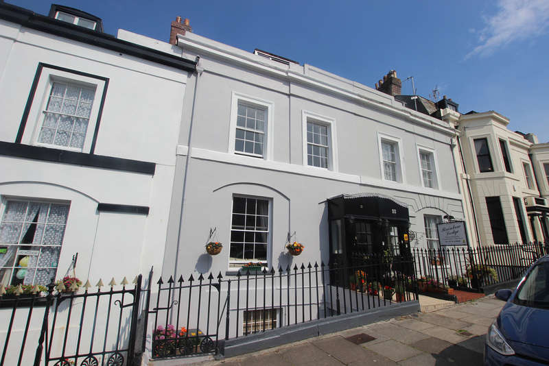 6 Bedrooms Terraced House for sale in Athenaeum Street, The Hoe, Plymouth, Devon, PL1 2RQ