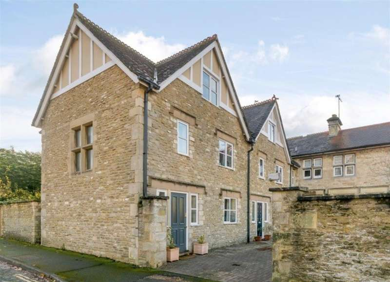 3 Bedrooms Detached House for rent in Library Lodge, New Church Street