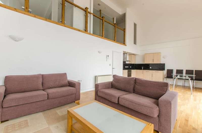 3 Bedrooms Flat for rent in Calderwood Street, Woolwich, SE18