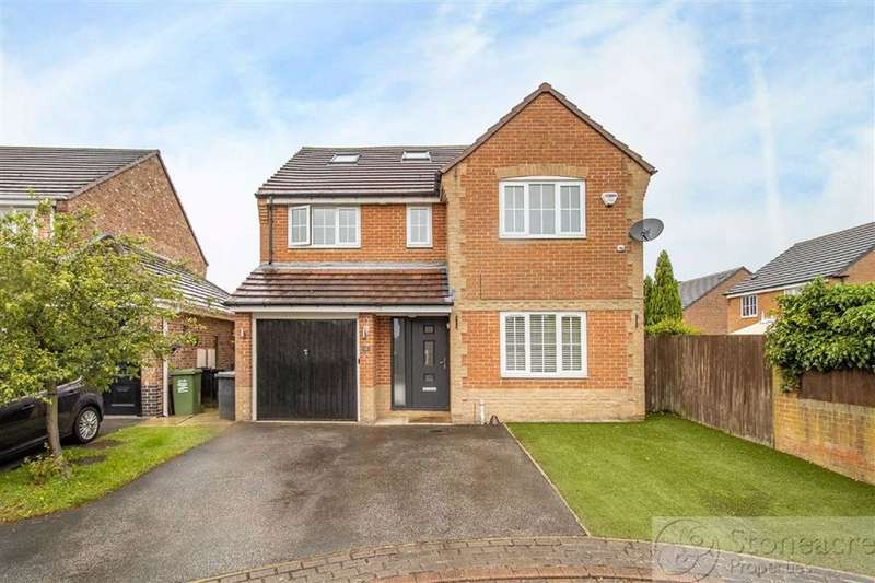 6 Bedrooms Detached House for sale in Mead Road, Leeds