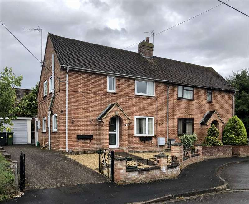 3 Bedrooms Semi Detached House for sale in Queens Road, Whitchurch