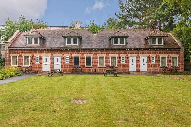 3 Bedrooms Terraced House for sale in 5 Derby Road, BOURNEMOUTH, Dorset