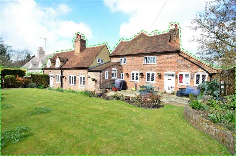4 Bedrooms Semi Detached House for sale in Queen Anne Cottage, Upper Highway, Kings Langley