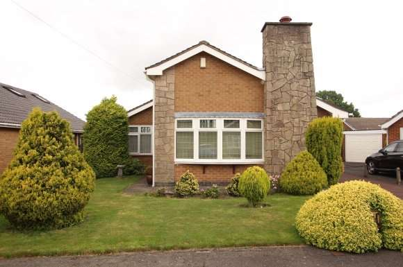 3 Bedrooms Property for sale in 7, Glebe Avenue, Smalley ,Derbyshire