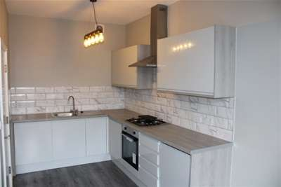 2 Bedrooms Flat for rent in Derby Lane L13 6AD