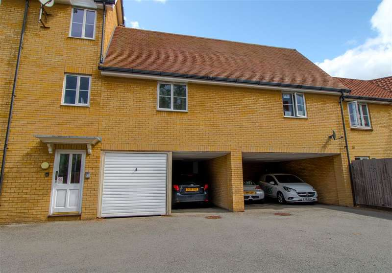2 Bedrooms Apartment Flat for sale in Mortimer Gardens, Colchester CO4