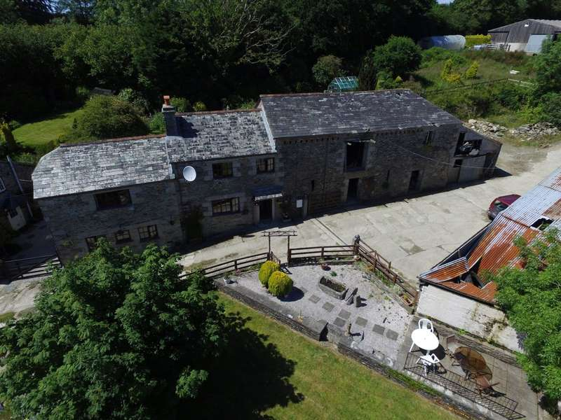 2 Bedrooms House for sale in North Hill, Launceston, Cornwall, PL15