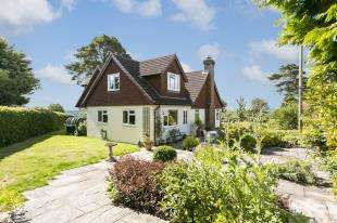 4 Bedrooms Detached House for sale in Crest Farm, Duddleswell, Uckfield, East Sussex
