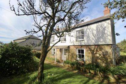5 Bedrooms Detached House for sale in Withiel, Bodmin, Cornwall