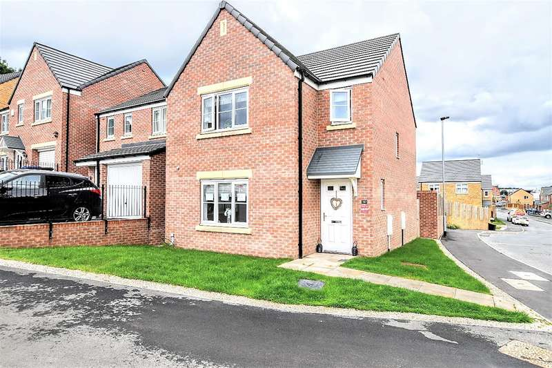 3 Bedrooms Detached House for sale in Mitchells Avenue, Wombwell, Barnsley, S73 8GB