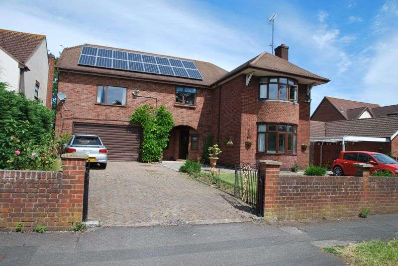 5 Bedrooms Property for sale in Estcourt Road, Gloucester